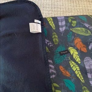 Never used, soft sided blanket folds/carry-all.